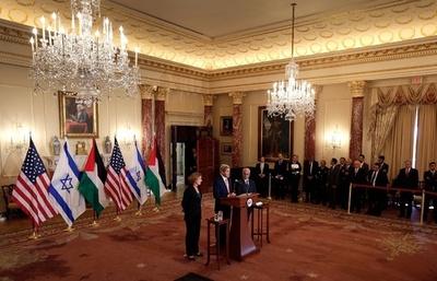 中東和平、9か月以内の合意目指すことで一致