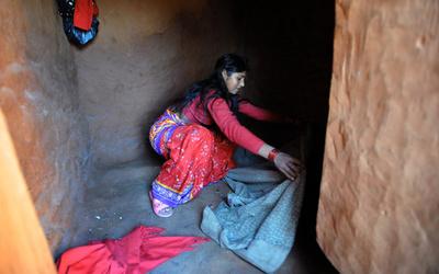 南アジアの女子生徒、3分の1が生理中に学校欠席 トイレ不足など背景
