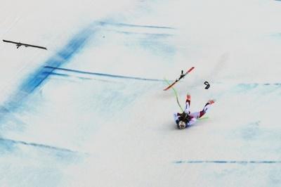 スイス選手、大クラッシュで救急搬送「容体は安定」 アルペンW杯滑降