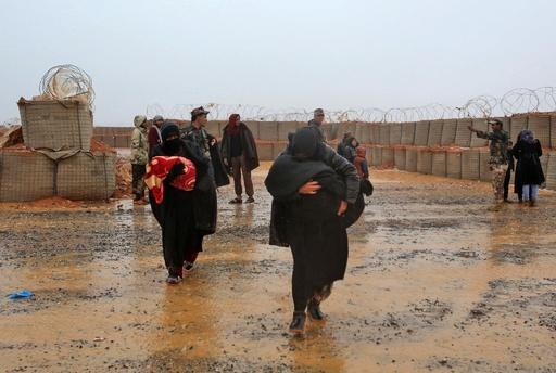 国連の支援物資、10か月ぶりにシリア難民キャンプに到着