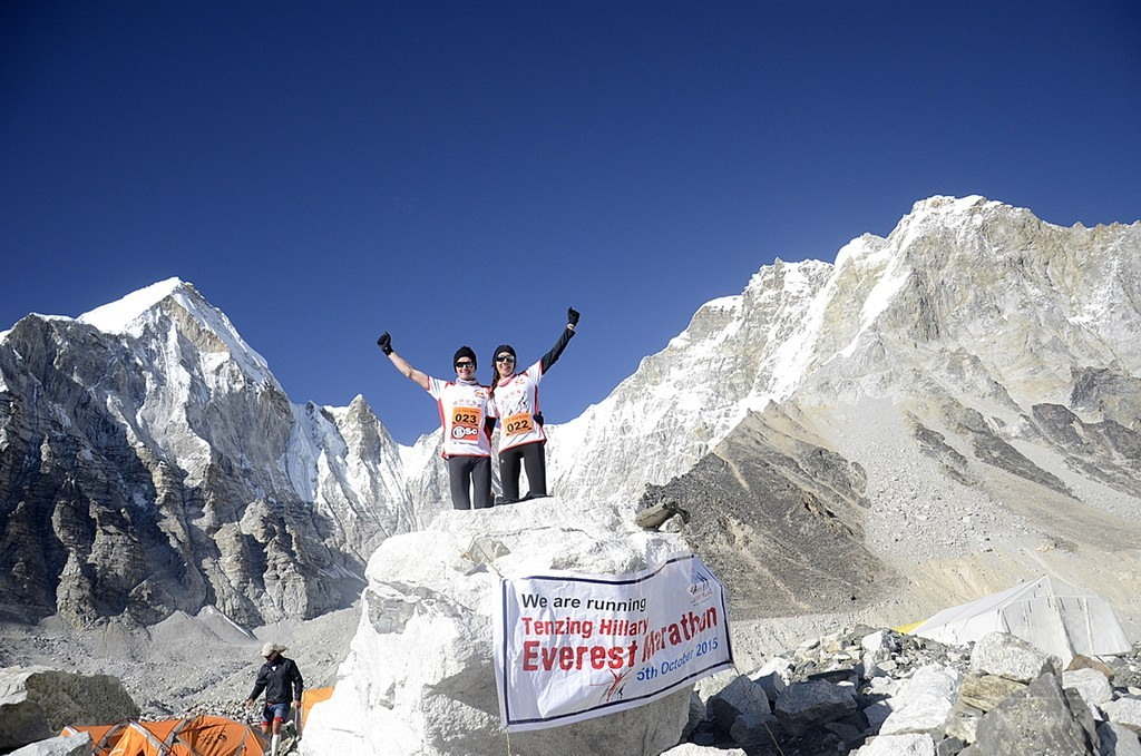 世界最高所のエベレストマラソン、大地震後初開催