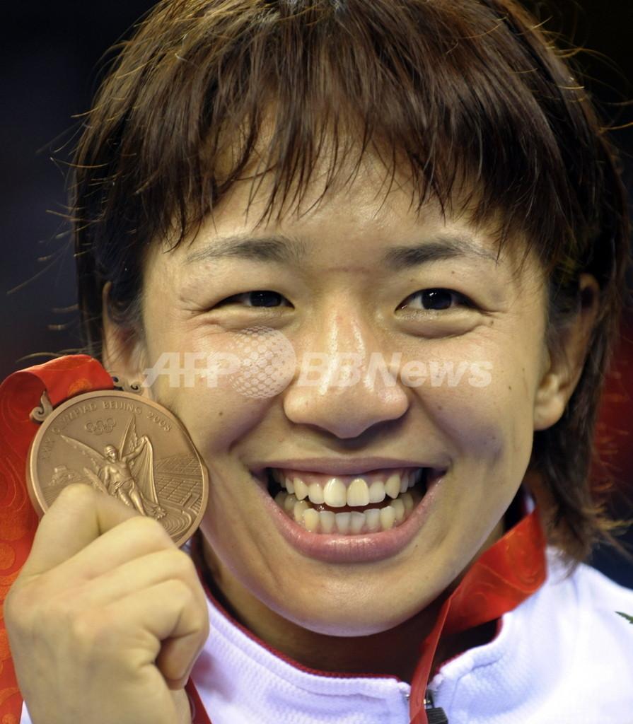 浜口 レスリング・女子フリースタイル72キロ級で銅メダル獲得