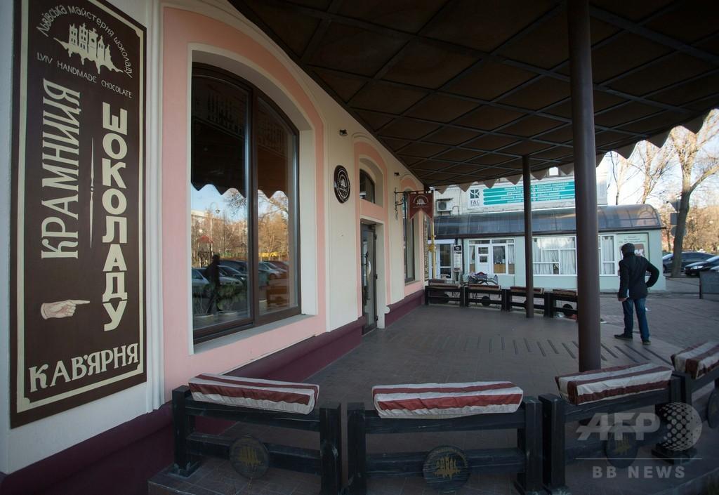 親露派「首都」ドネツク、最後のウクライナ語カフェが閉店