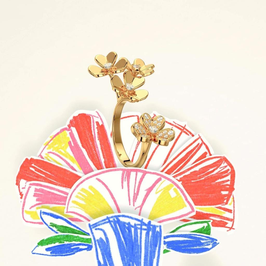 「ヴァン クリーフ&アーペル」が花々の溢れる期間限定ブティックを開催
