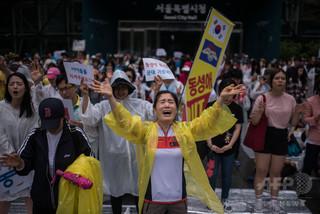 韓国軍、同性同士の性行為で兵士に禁錮6月
