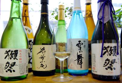 ボージョレより日本酒ヌーボー、フランスに搾りたて到来