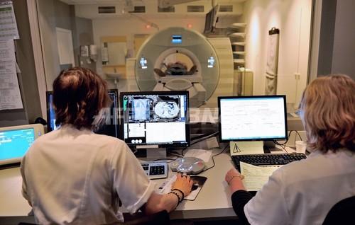 遺伝子組み換えウイルス製剤、肝臓がん患者の余命延長効果