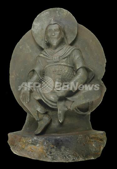 ナチス親衛隊が持ち帰ったチベットの仏像、隕石でできていた