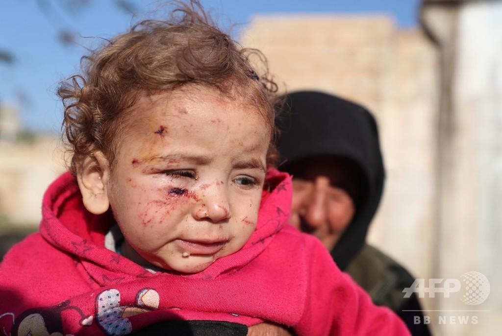 シリア避難民キャンプを政府軍が空爆 「子どもたちだ、テロリストじゃない」