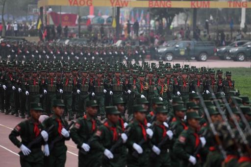 ミャンマーの少数民族武装組織「ワ州連合軍」、軍事パレードのリハーサル