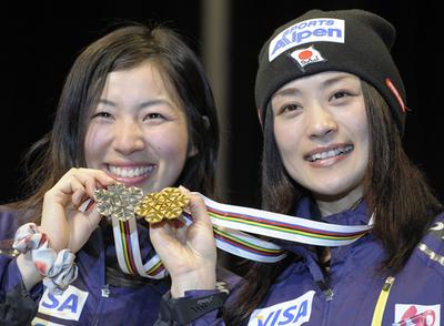 上村愛子 デュアルモーグルを制し2冠達成、フリースタイル世界選手権