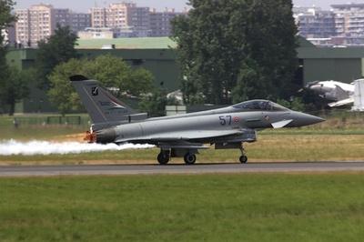 スペイン軍機、エストニア上空でミサイル誤射