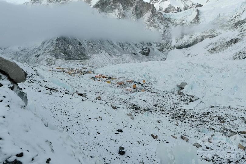商業登山の闇、エベレスト登頂という「賞杯」に懸けるリスク