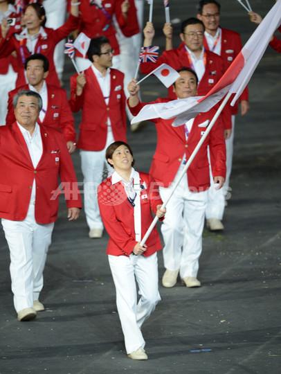 日本は吉田沙保里が旗手、各国選...