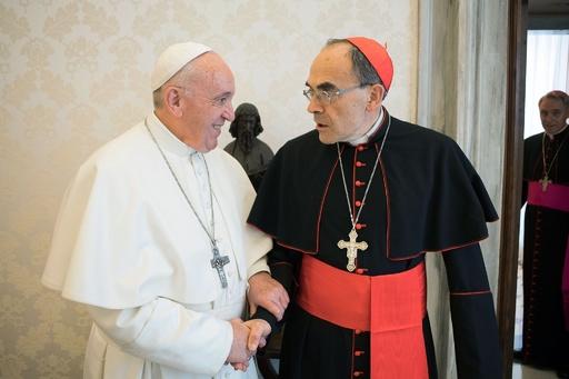 ローマ法王、性的虐待隠蔽で一審有罪の仏枢機卿の辞職を拒否