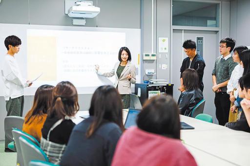 【武蔵大学】「若者はなぜすぐに会社をやめてしまうのか?」古村ゼミ など、経済学部ゼミトークを公開しました。