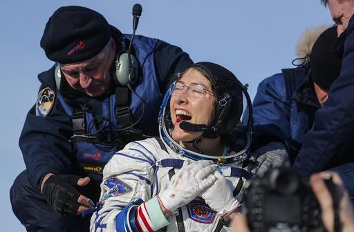 米女性宇宙飛行士、連続滞在記録更新し無事帰還
