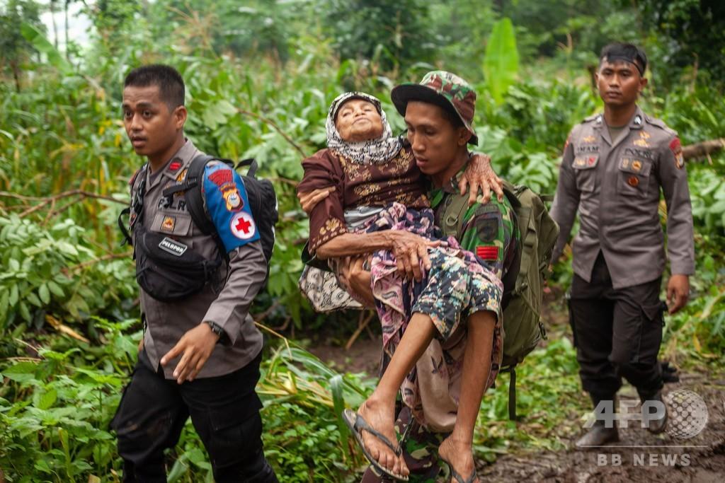 インドネシアの洪水・土砂崩れ、死者68人に、6700人が避難生活
