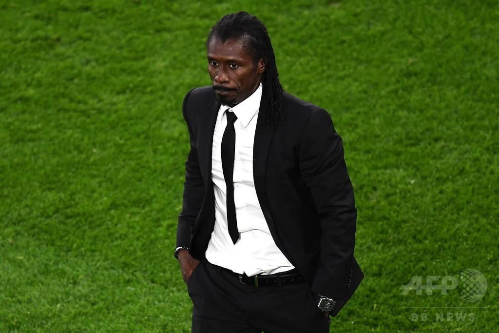 セネガルのシセ監督、日本戦でゴールのマネに「調子を上げてほしい」