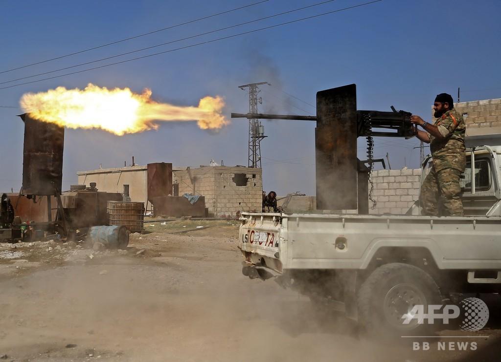 IS戦闘員の親族ら約800人、シリアのキャンプから逃走 トルコの攻撃受け