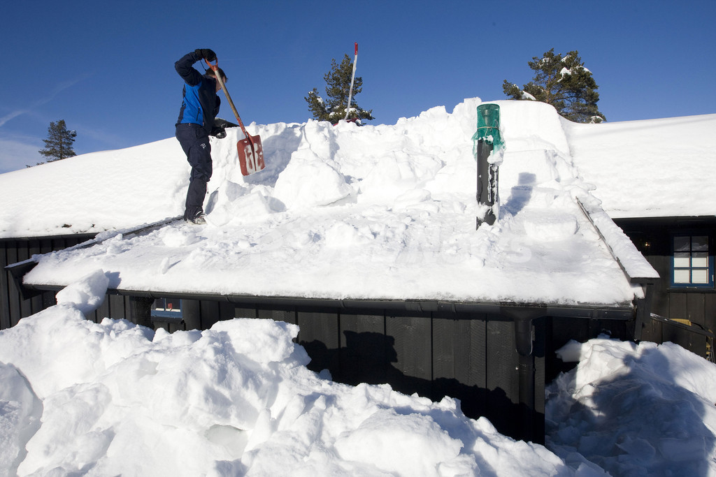 おろしてもおろしても…、ノルウェーの雪下ろし