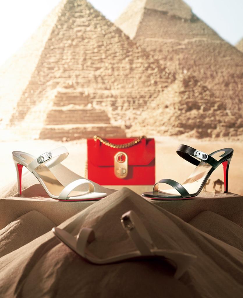 エジプトにインスパイアされた「クリスチャン ルブタン」の新アイコン