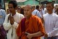 強硬派仏教徒集団の台頭、覆される「平和的哲学」のイメージ