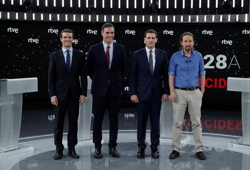スペイン総選挙、カタルーニャ独立問題で与野党党首が激論 テレビ討論会