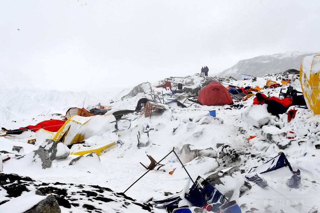 大地震によるエベレスト雪崩、生存者が恐怖の体験語る