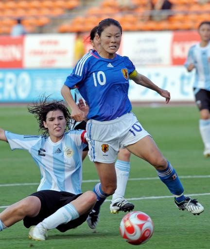 日本女子 アルゼンチン女子に勝利