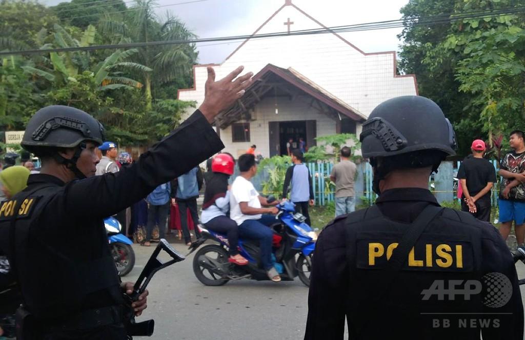 教会に火炎瓶、遊んでいた2歳児が死亡 インドネシア