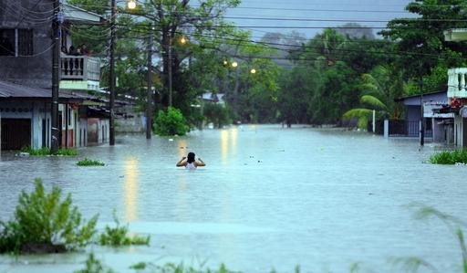 ホンジュラス、弱い熱帯低気圧の影響で豪雨 洪水による死者も