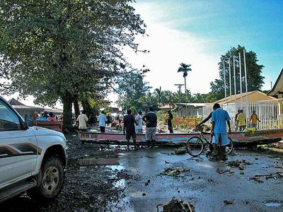 ソロモン諸島地震、救援活動は難航 - ソロモン諸島