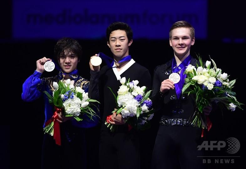 「4回転キング」チェンが世界フィギュア初優勝、宇野2位