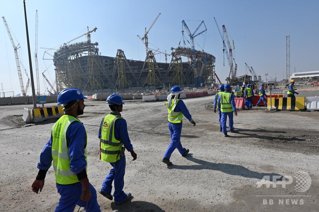 カタール、最低賃金を導入 外国人労働者の環境改善へ新法施行