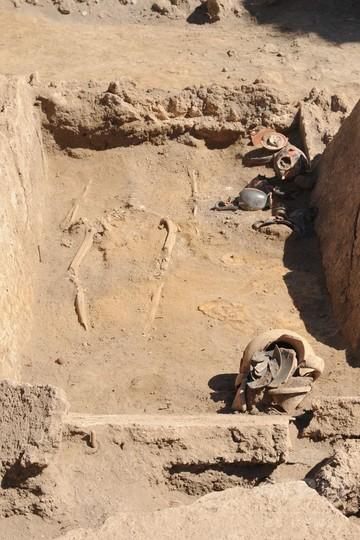 前ローマ時代の墓、完全な状態で発見 ポンペイ遺跡