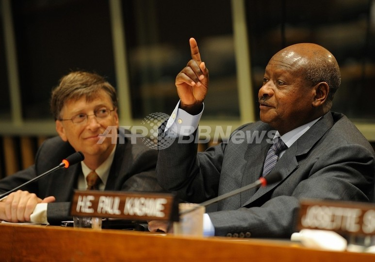 「先進国支配逃れるにはアフリカ人はもっと働け」、ウガンダ大統領