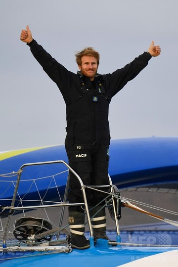 ソロ史上最速、42日16時間で世界一周 仏レーサーが快挙