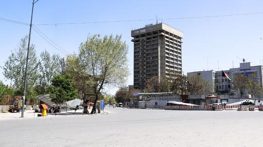 アフガン首都で通信・情報技術省のビルに襲撃、約2000人が上層階に避難