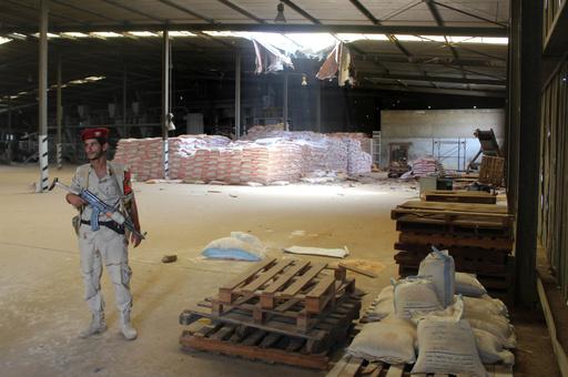 国連、イエメンの食糧貯蔵庫に立ち入り 昨年9月以降初