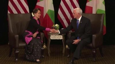 動画:ロヒンギャ迫害は「理由のない」暴力、ペンス米副大統領がスー・チー氏非難