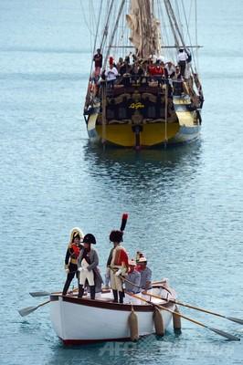 ナポレオン上陸から200年、流刑地の島で再現イベント 伊