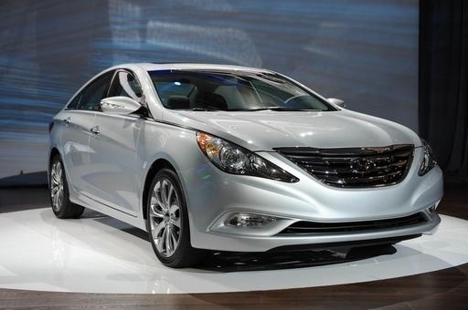 現代自動車、米国で「ソナタ」14万台リコールへ ハンドル不具合