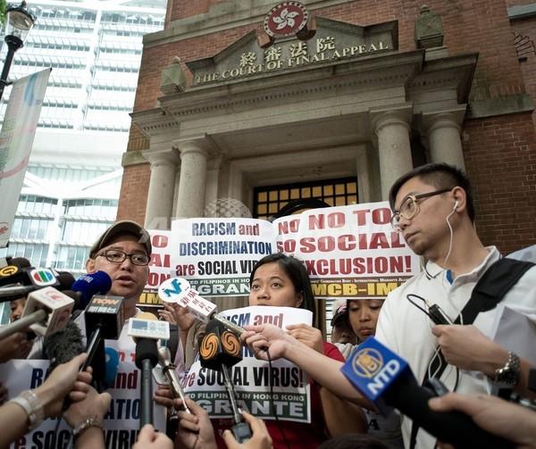 香港の外国人メイドに永住権認めず、最高裁で当局が逆転勝訴