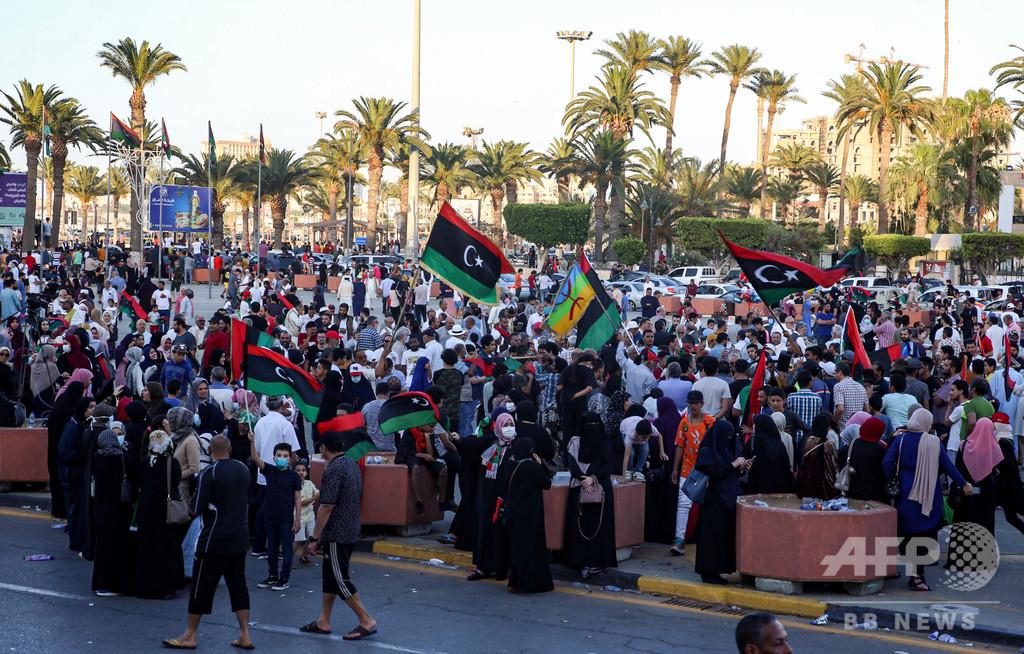 リビア統一政府、タルフナ奪還 ハフタル氏 西部の拠点失う