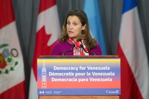 カナダ外相、キャノーラ輸出許可取り消しで中国政府を批判