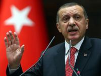 トルコ首相、軍用機撃墜への対抗措置取ると明言