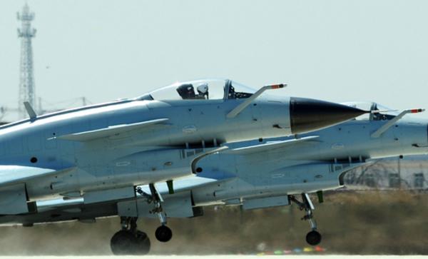 攻撃力を急伸させる中国空軍に備えはあるか