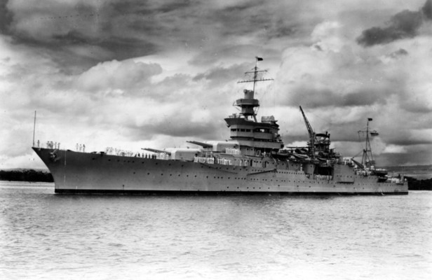 原爆の部品運んだ米重巡洋艦、撃沈から72年ぶりに発見