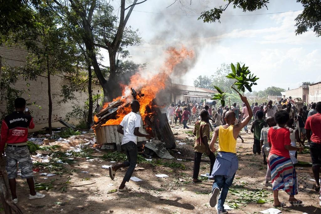政治危機のブルンジ、10万人以上が国外避難 国連 写真4枚 国際ニュース ...